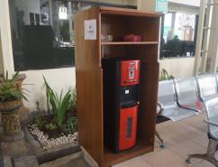 Air Minum dan Free Charging